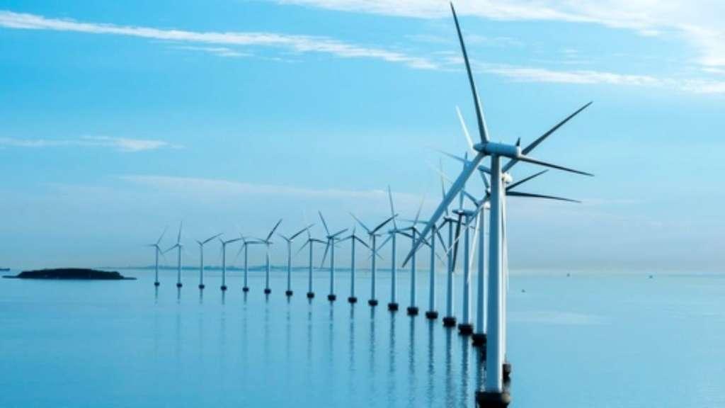 سرمایه گذاری ۱۰۰ میلیون پوندی بریتانیا برای توسعه نیروگاه های بادی